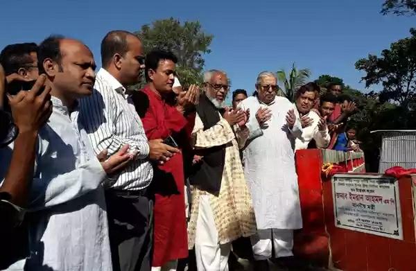 সরকার গ্রামকে শহরে পরিনত করতে চায়: মন্ত্রী ইমরান আহমদ